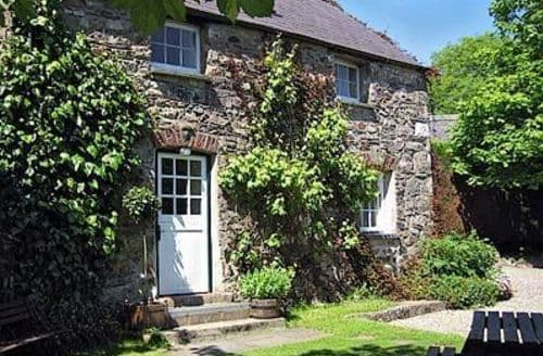 Last Minute Cottages - Ivy Court Cottages (Saturday Start)   Carthouse Cottage S100447