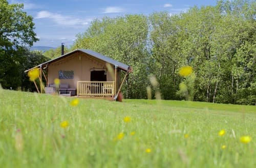 Last Minute Cottages - Drovers Rest   Shaggy Sheep   Tent S100471