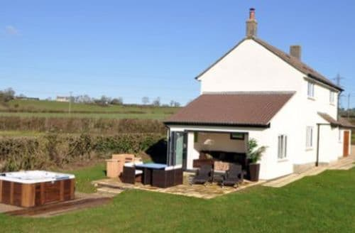 Last Minute Cottages - Apple Cottage S100741