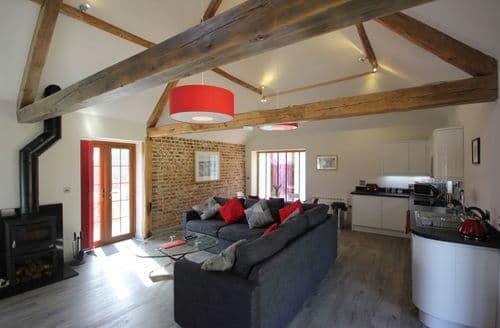 Last Minute Cottages - Flintstone Cottages - The Barn S100762