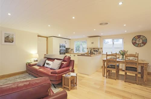 Last Minute Cottages - Excellent Aspall Green Lodge S97433