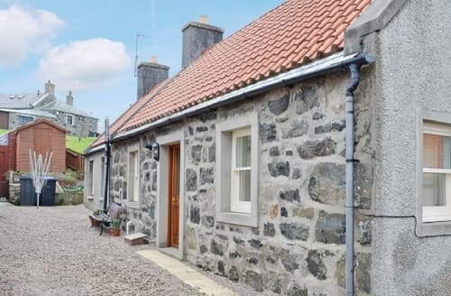 Last Minute Cottages - Superb Banff Cottage S24311