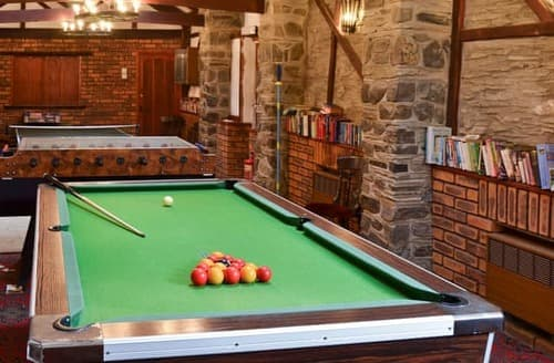 Holiday cottages with swimming pools in devon to rent last minute cottages for Barnstaple swimming pool timetable