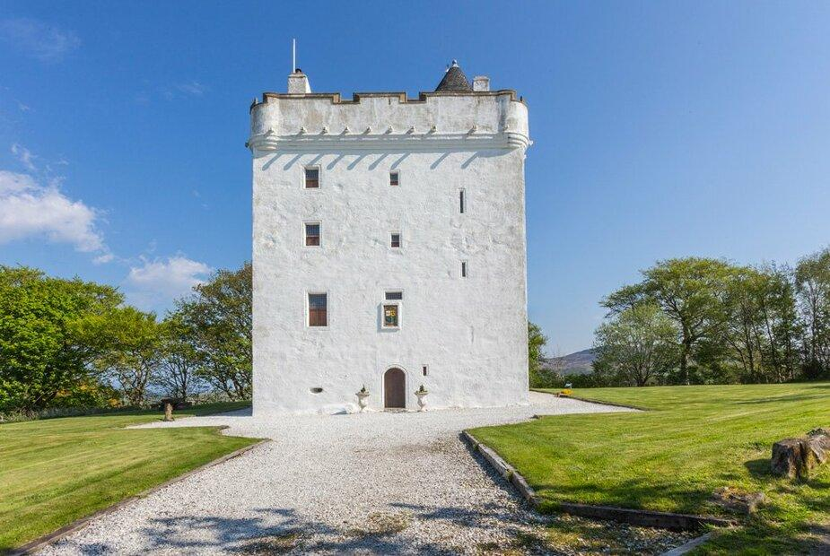 - Ayrshire Castle