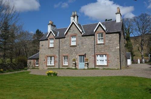 Big Cottages - Charming Kirriemuir House S101319