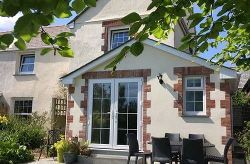 Last Minute Cottages - Beech House S101355