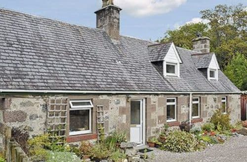 Last Minute Cottages - Inviting Lochinver Cottage S24354