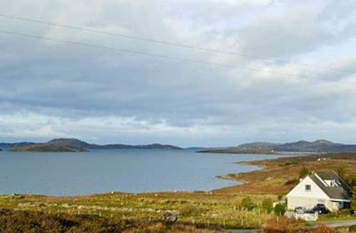Last Minute Cottages - Quaint Ullapool Cottage S24375