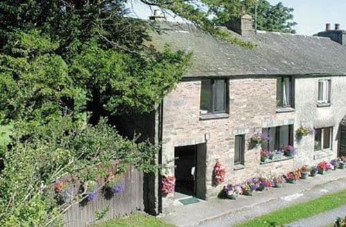 Last Minute Cottages - Gorgeous Bowness On Windermere Cottage S24407