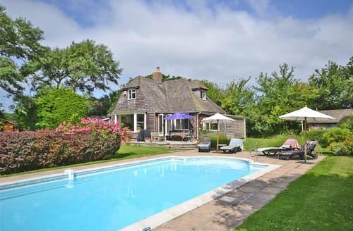Last Minute Cottages - Luxury Lymington Cottage S102129