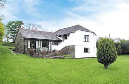 Last Minute Cottages - Luxury Crackington Haven Cottage S24635