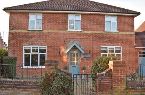 Big Cottages - Cosy Brockenhurst Cottage S102421