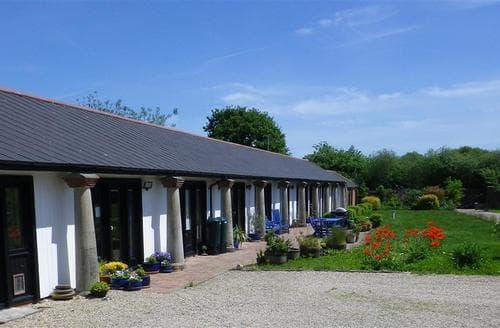 Last Minute Cottages - Gorgeous Briantspuddle Cottage S102508