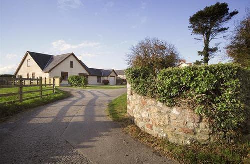Last Minute Cottages - Charming Reynoldston Cottage S102539