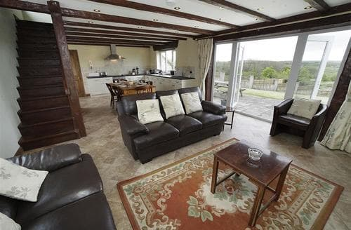 Last Minute Cottages - Inviting North Gower Cottage S102691