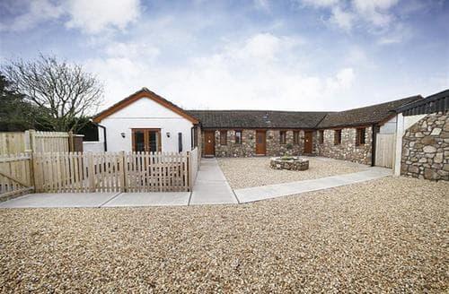 Last Minute Cottages - Superb Three Crosses Cottage S102754