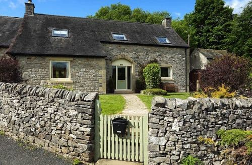 Last Minute Cottages - Valley View S103040