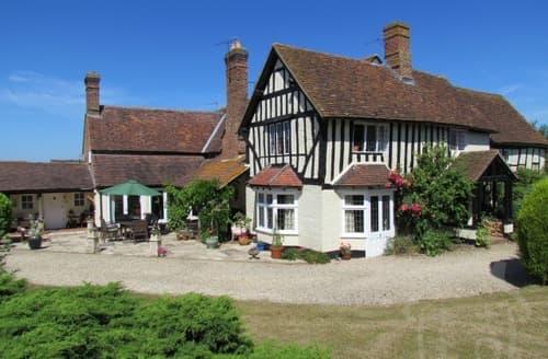 Big Cottages - Home Farmhouse & The Parlour   Home Farmhouse S103107
