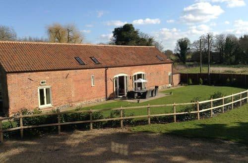 Big Cottages - Chestnut Barn S103247