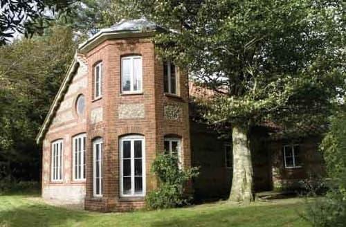 Big Cottages - Fishing/Shooting Lodge, Wrackleford Estate S103389