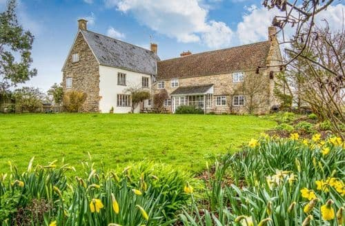 Big Cottages - Somerset Country Escape   Meare Court S103460