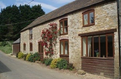 Big Cottages - Character Farm Cottages S103607