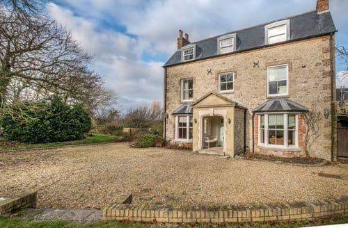 Big Cottages - East Afton Farmhouse   Farmhouse S103617