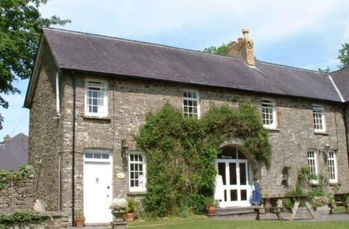 Big Cottages - Waunifor Holiday Cottages - Coach House Mews S103655