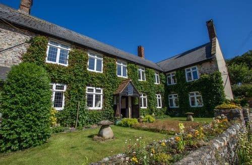 Big Cottages - Sutton Barton Farmhouse S103682