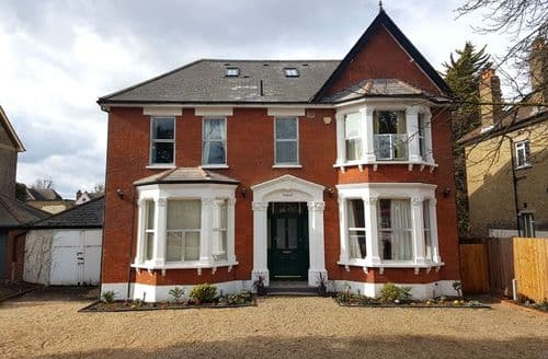 Last Minute Cottages - Ravensbourne House