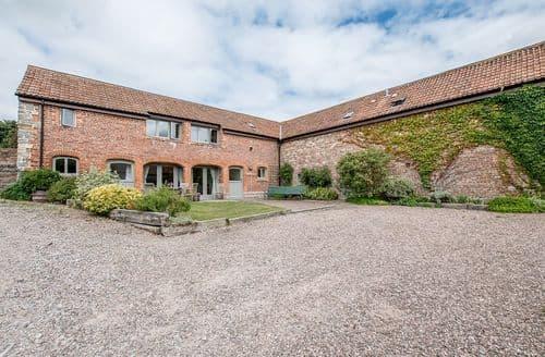 Big Cottages - Walkers Farm Cottages - The Hackney Stable S104006