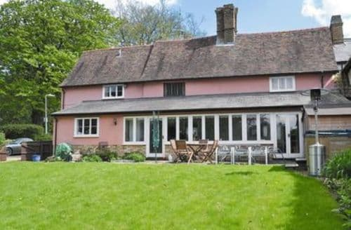Last Minute Cottages - Inviting Cambridge Cottage S24917
