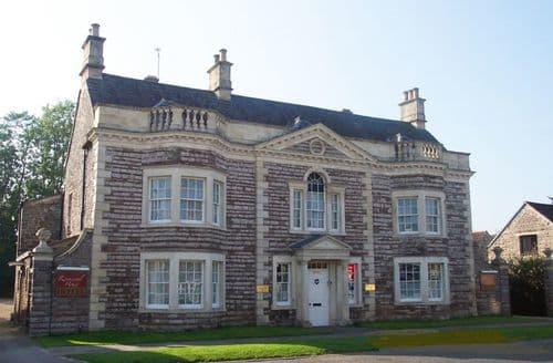 Big Cottages - Rounceval Townhouse S104121