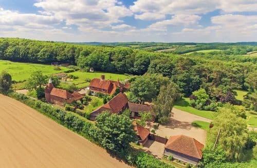 Big Cottages - Fair Oak Farm S104128