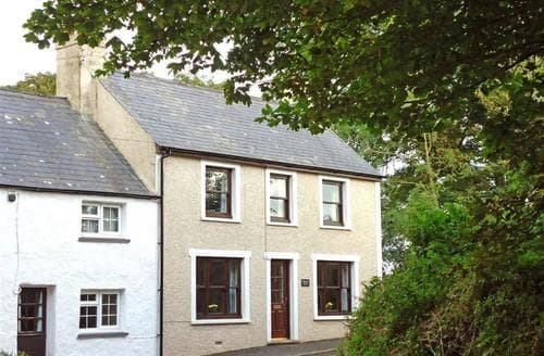 Last Minute Cottages - Beautiful Strumble Head Cottage S77066