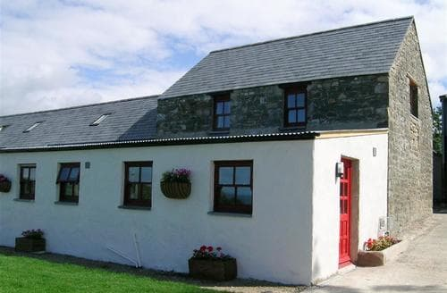 Last Minute Cottages - Ty Cariad