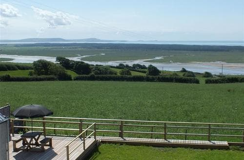 Last Minute Cottages - Superb Llansaint Cottage S71783