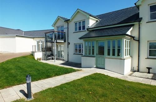 Last Minute Cottages - Inviting Newport Cottage S71762