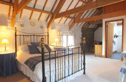 Last Minute Cottages - Stable Cottage Nr Newport