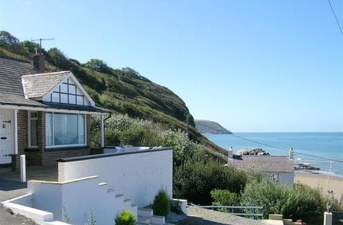 Last Minute Cottages - Delightful Tresaith Cottage S71805