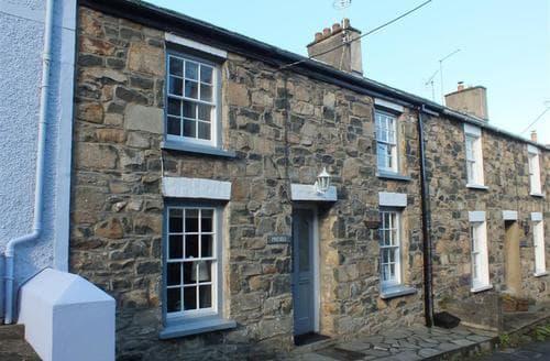 Last Minute Cottages - Lovely Newport Cottage S71857