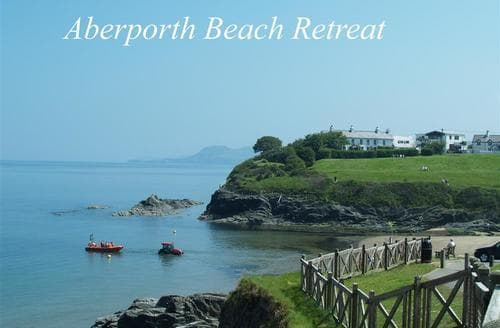 Last Minute Cottages - Adorable Aberporth Apartment S71851