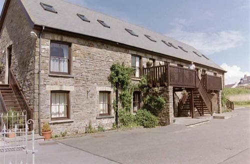 Last Minute Cottages - Hafod