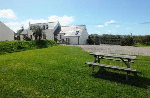 Last Minute Cottages - Excellent Solva Cottage S71669