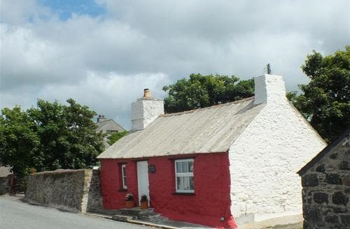 Last Minute Cottages - Inviting Trefin Cottage S71737