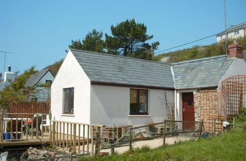 Last Minute Cottages - Wonderful Little Haven Cottage S71706