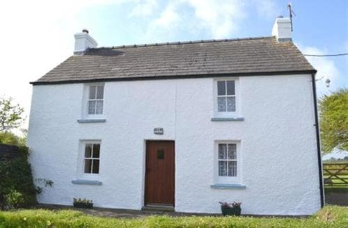 Last Minute Cottages - Tasteful Strumble Head Cottage S71774