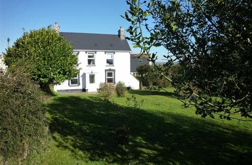 Last Minute Cottages - Lovely Aberporth Cottage S89715