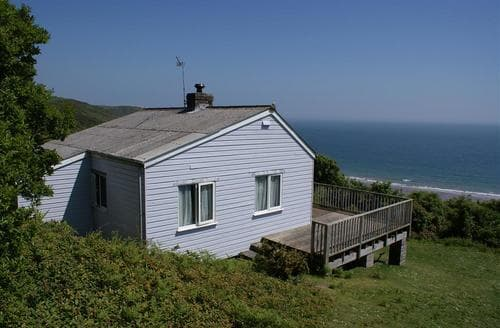 Last Minute Cottages - Beach Cove