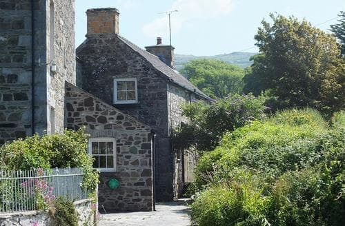 Big Cottages - Cosy Newport Cottage S71662